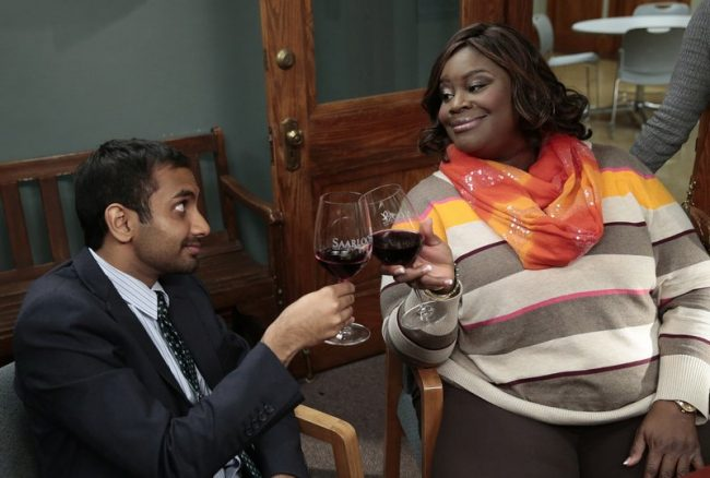 """PARKS AND RECREATION -- """"Farmers Market"""" Episode 612 -- Pictured: (l-r) Aziz Ansari as Tom Haverford, Retta as Donna Meagle --"""