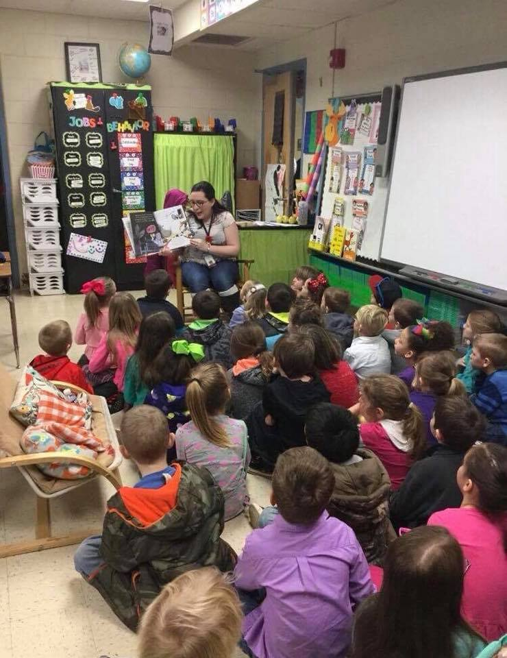 Storytime with a large group of kids in a library in rural Kentucky